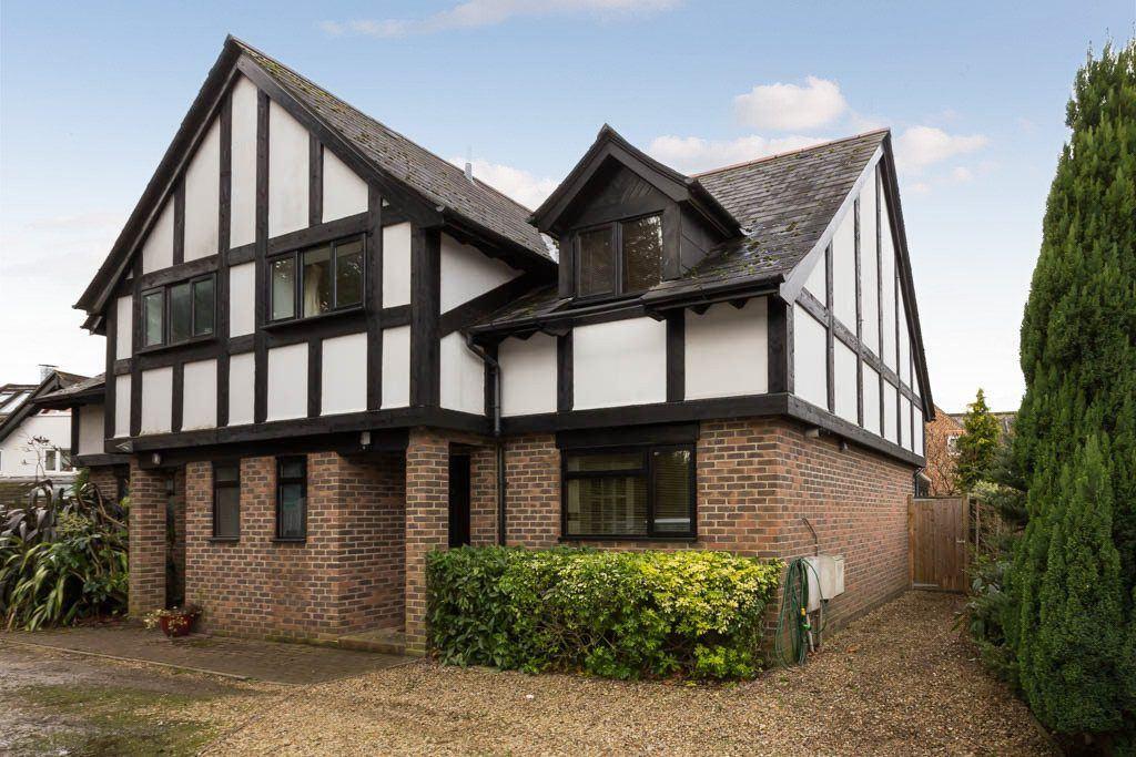 Rose Cottages, Lyndhurst Road