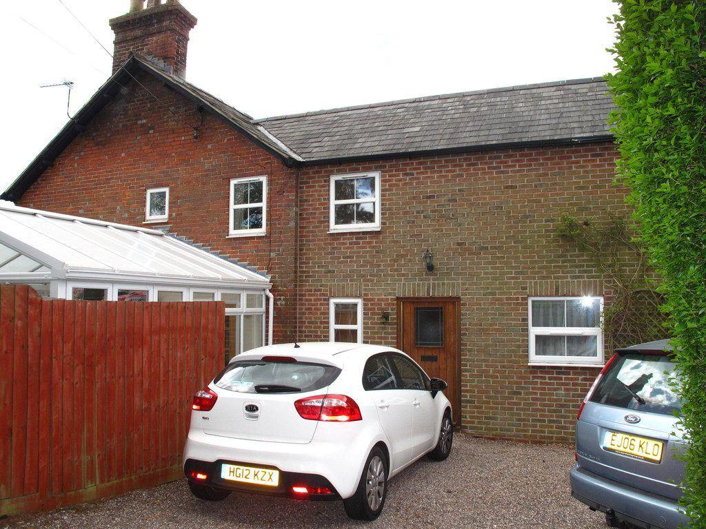 Eastwood Cottage, Arnewood Bridge Road